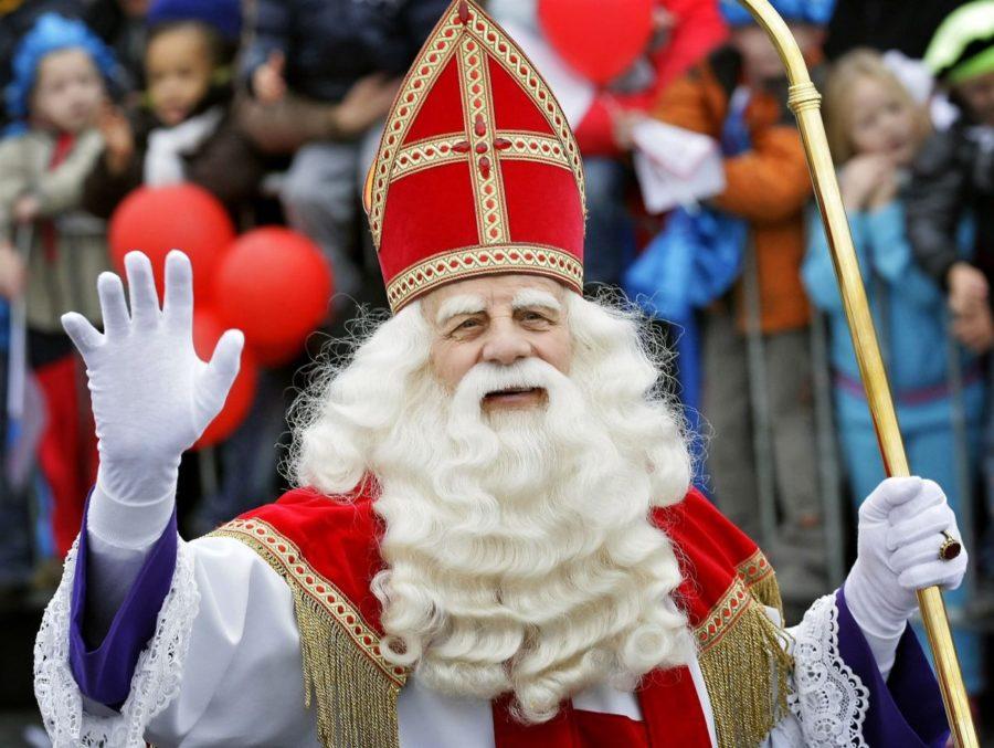 Sint bezoekt De Basis