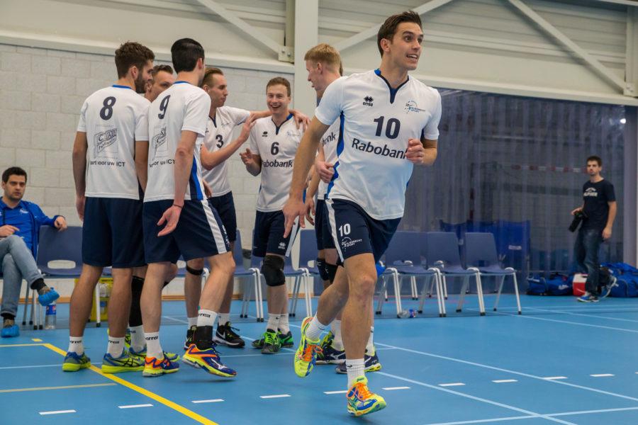 'Ik moet het hebben van handige balletjes, shotjes en scoren via het blok'. Gerard Baan 'in the picture' op Volleybal.nl