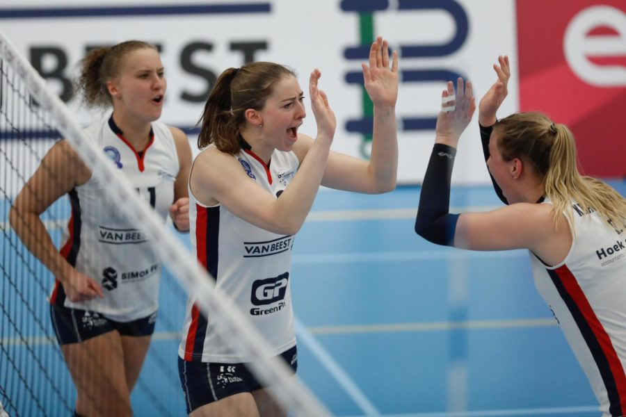 Dames 1 legt Zwolle over de knie
