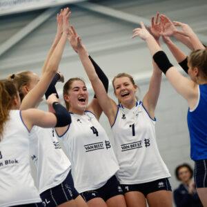 Dames 1 eindigt bovenaan Kampioenspoule