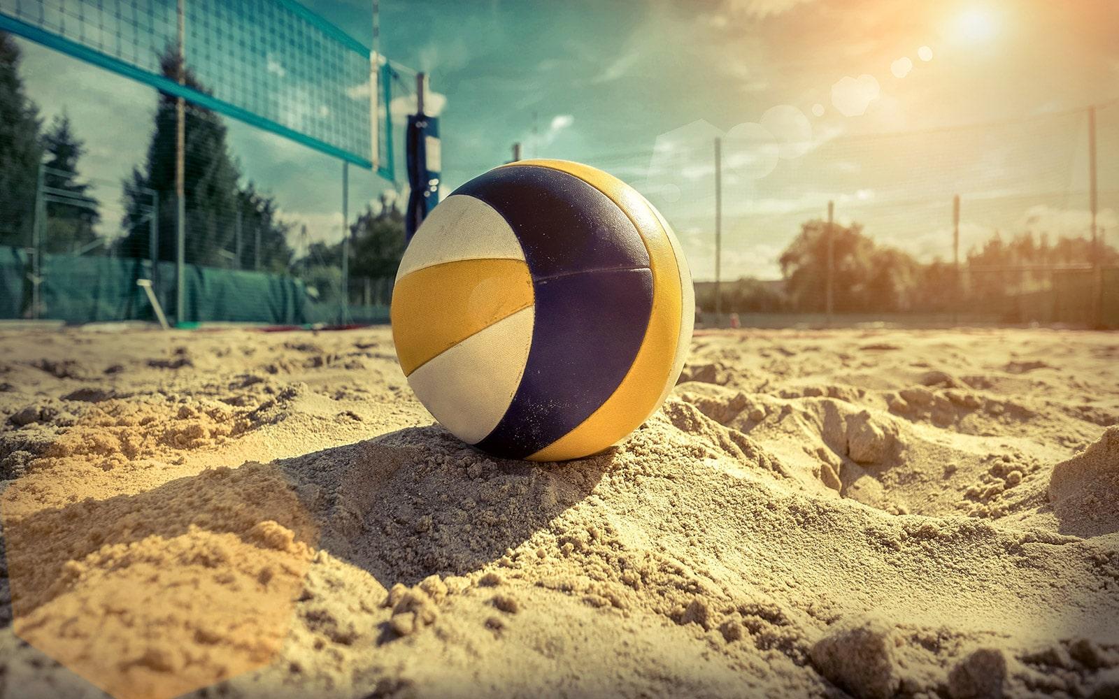 10 juli: 16+ Beachtoernooi… yihaa!
