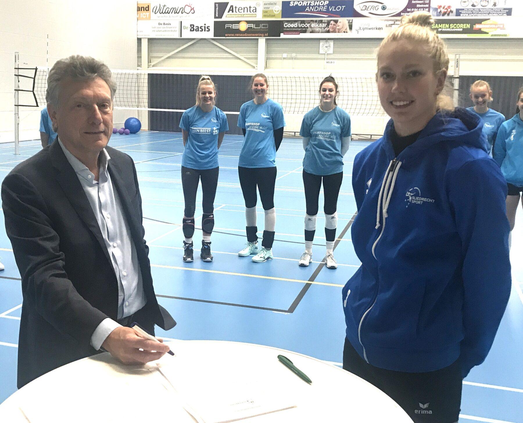 Hoek en Blok verlengt sponsoring Sliedrecht Sport